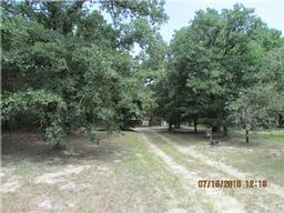 2693 county road 411, lexington, TX 78947