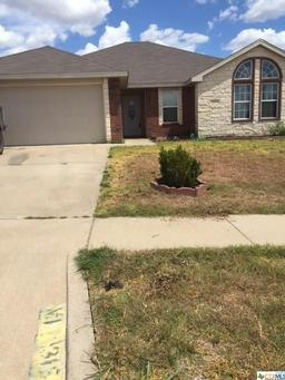 1315 dixon circle, copperas cove, TX 76522