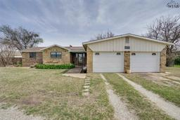 7192 State Highway 79 North, Dean TX 76305