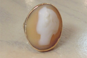 Antique 14 kt Gold Cameo Ring