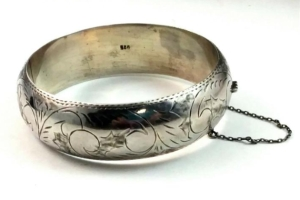 Antique Wide Chunky Sterling Silver Scroll Hinged Bangle Bracelet