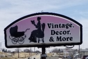 Vintage, Decor & More