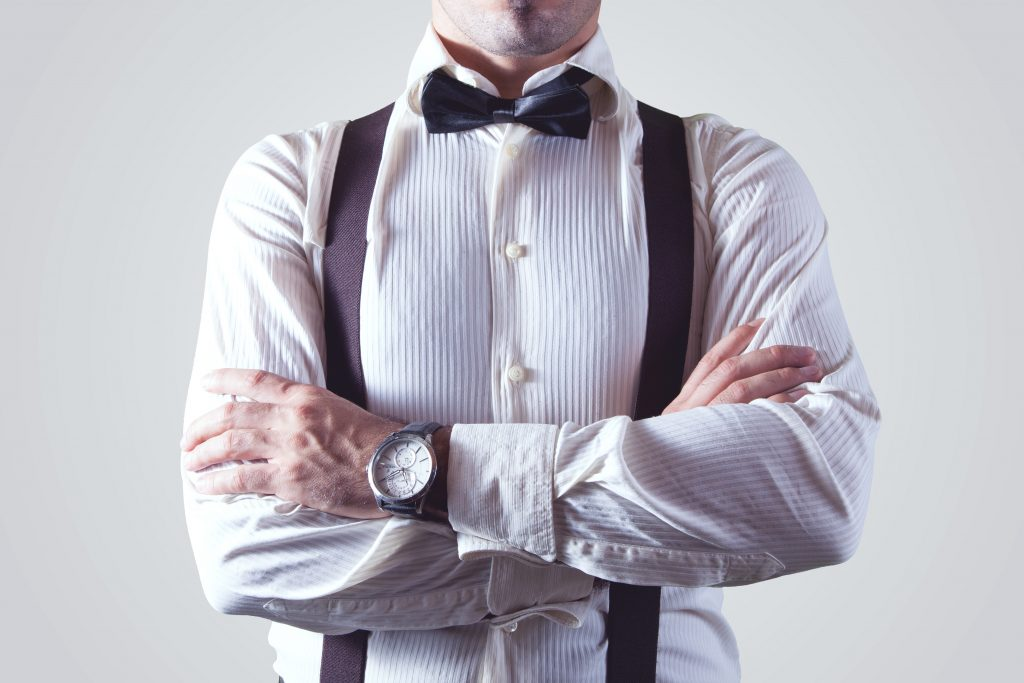 As long as you pair Piggy with the advice of these five fashion experts, you'll get great deals on clothing that makes your man look better than ever.