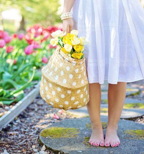 Springtime Scents: Fragrances for the New Season - the Piggy Bank