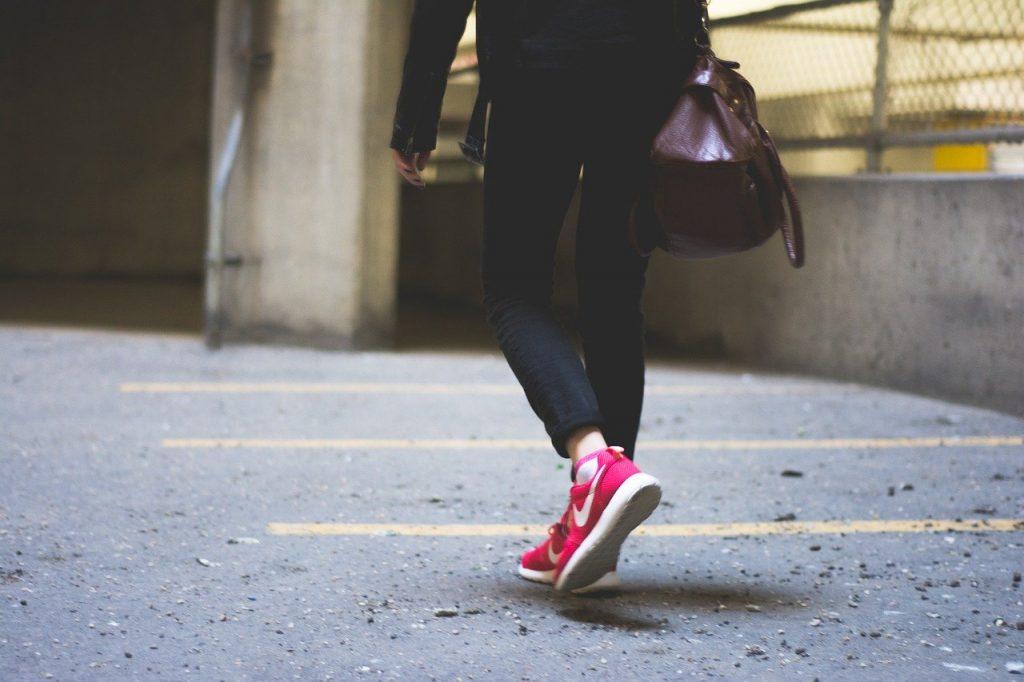 woman wearing nike shoes