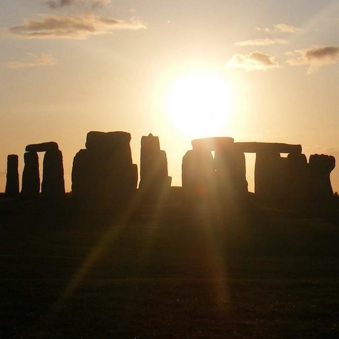 Stonehenge Guide