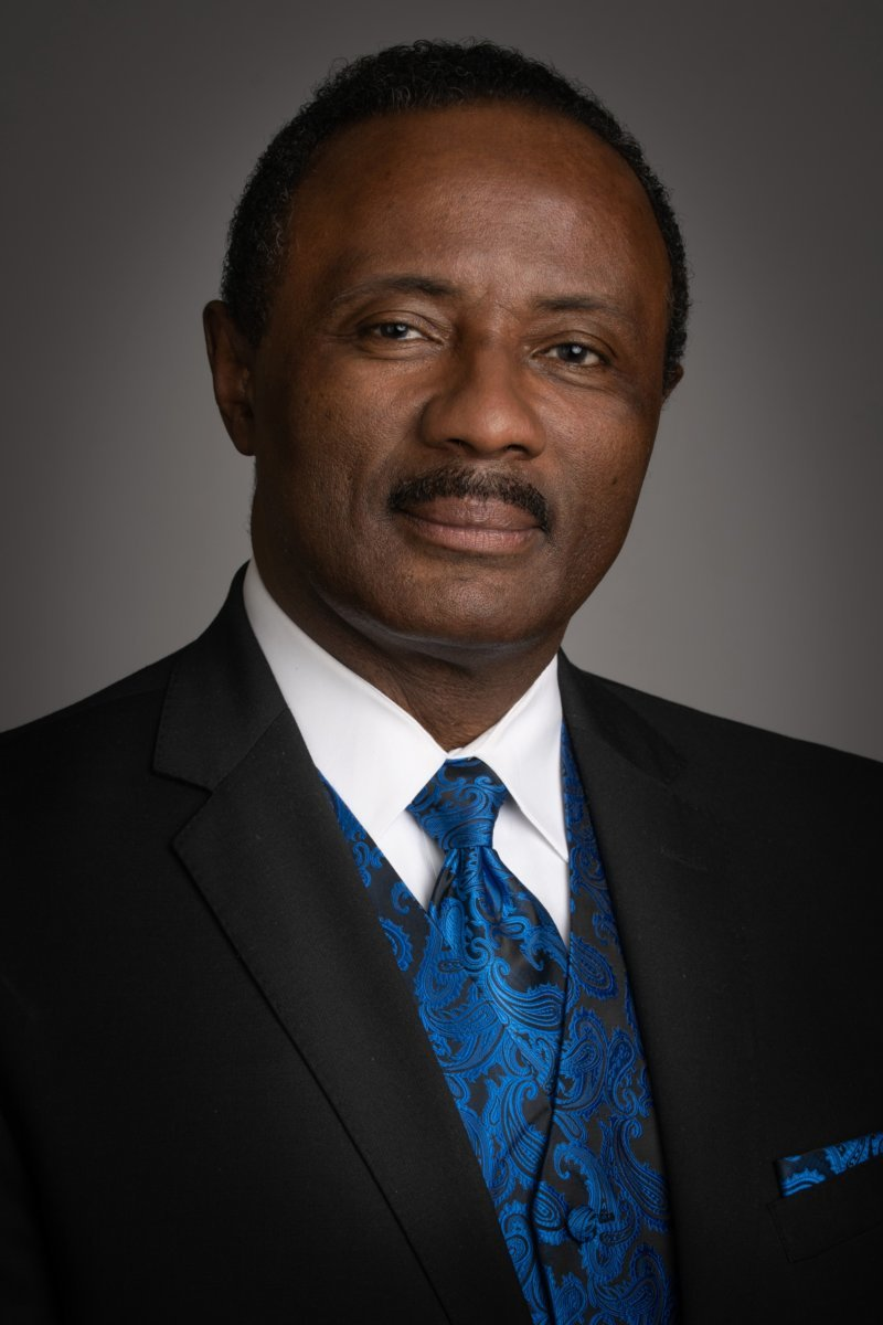Alvin L. Braswell, Sr. : Manager/Funeral Director