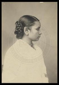 Dr._Anandibai_Joshee,_M.D.,_Class_1886
