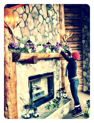 Dina_at_fireplace