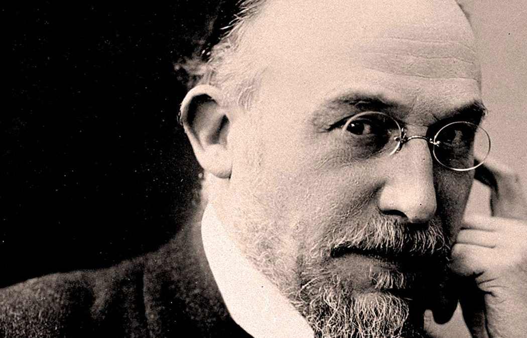 {video} Erik Satie, History's Weirdest and Most Eccentric Musician (& Patron Saint of Pixels)