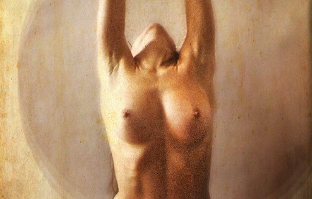 {en vedette} Max T. Frame ~ Yoga