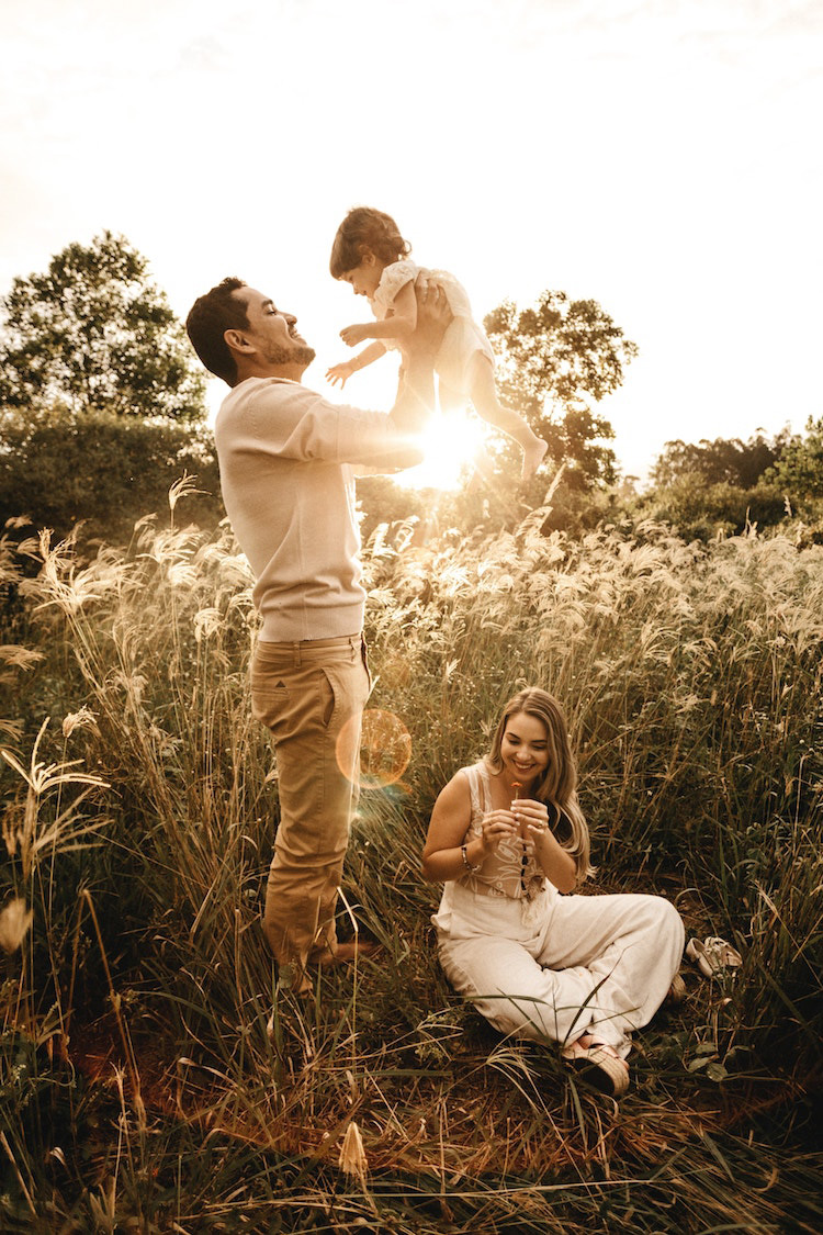 Creative Family Portrait Ideas To Take The Perfect Shot
