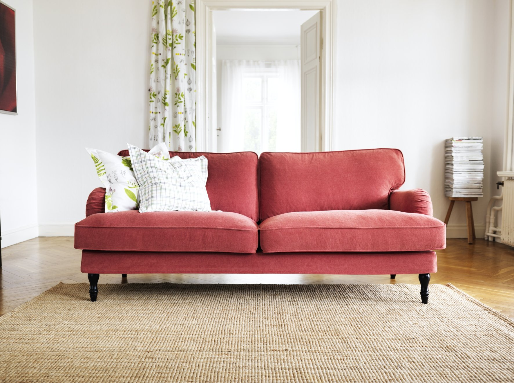 Comfy Chic Best English Roll Arm Sofas Apartment Therapy