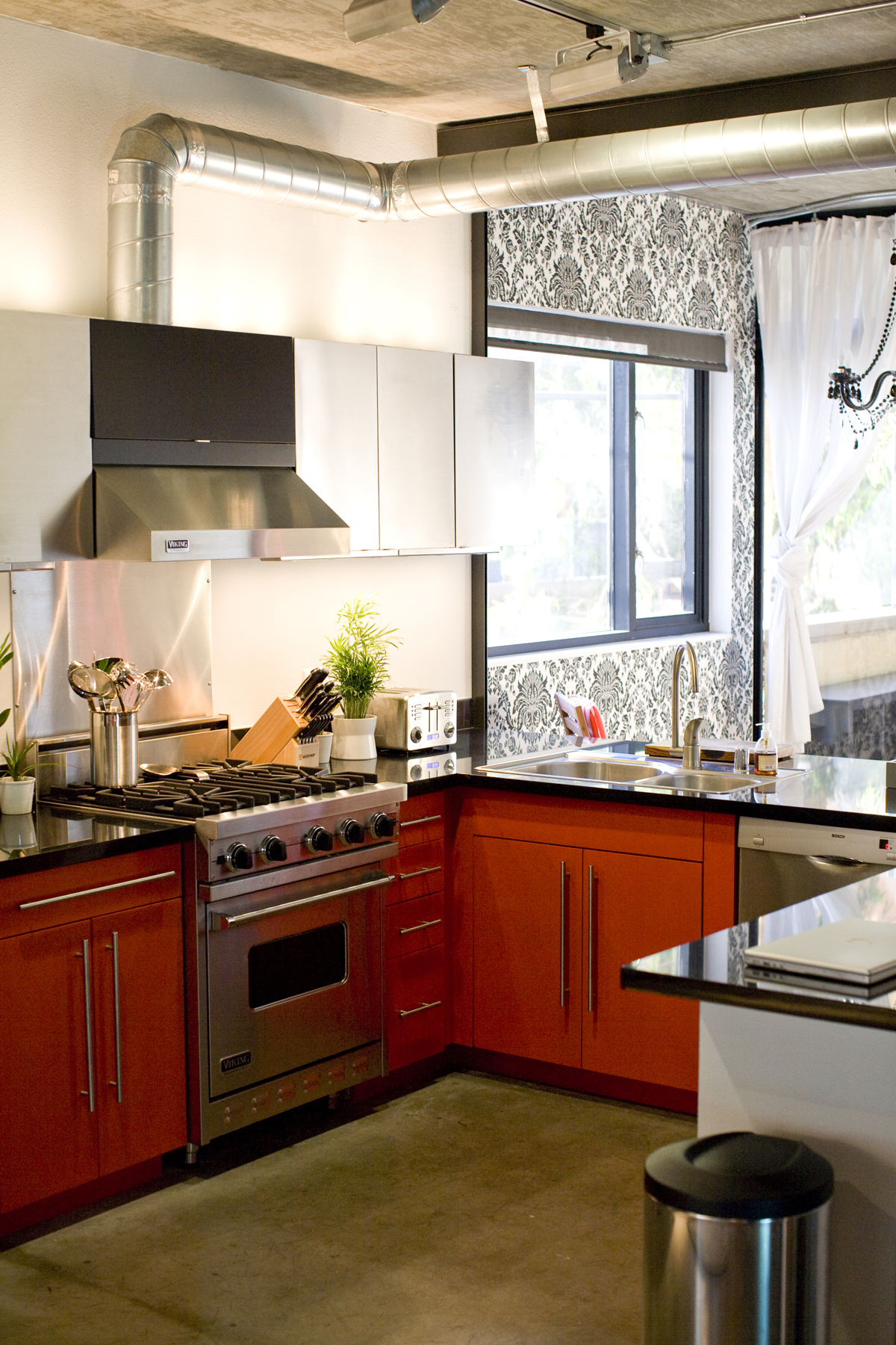 Our 10 Favorite Small Kitchens | Apartment Therapy