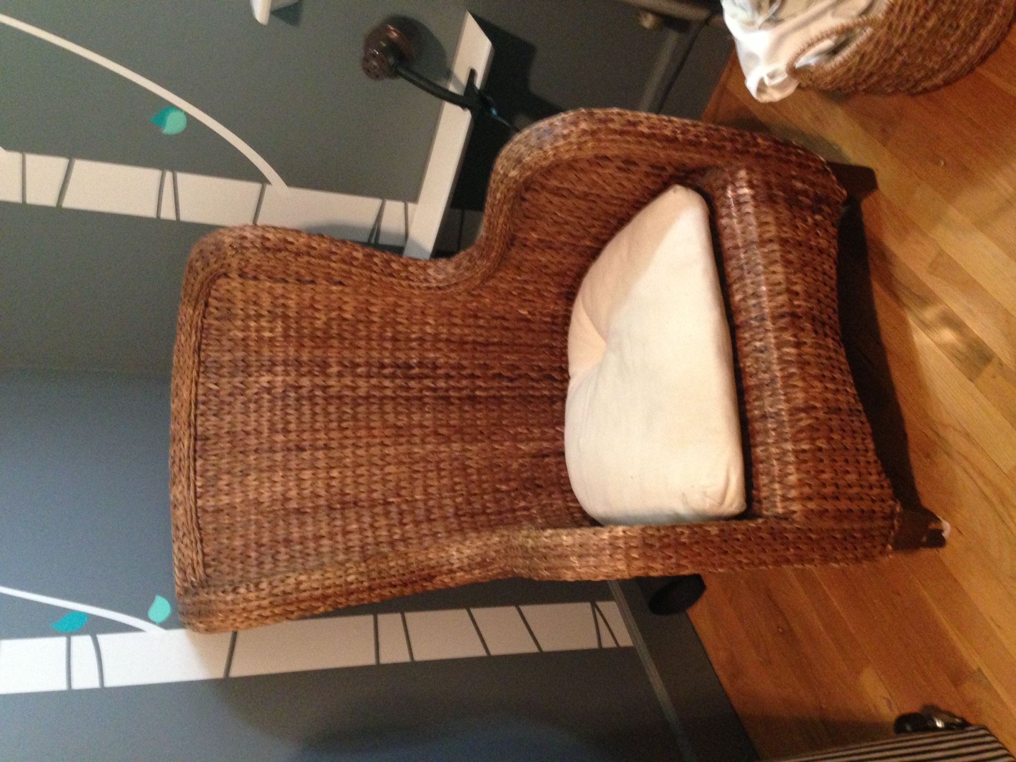Pottery Barn Seagrass Wicker Wingback Chair Apartment