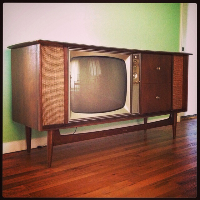 Vintage Philco Super 90 Tv Turntable Radio Combo