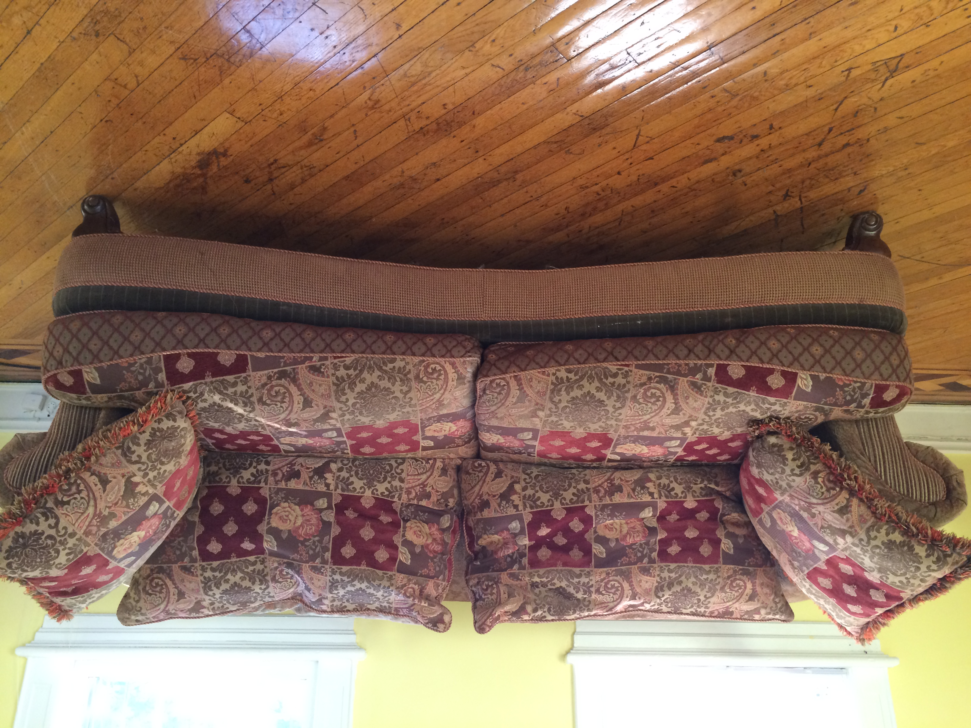 Best 15+ of Alan White Couches
