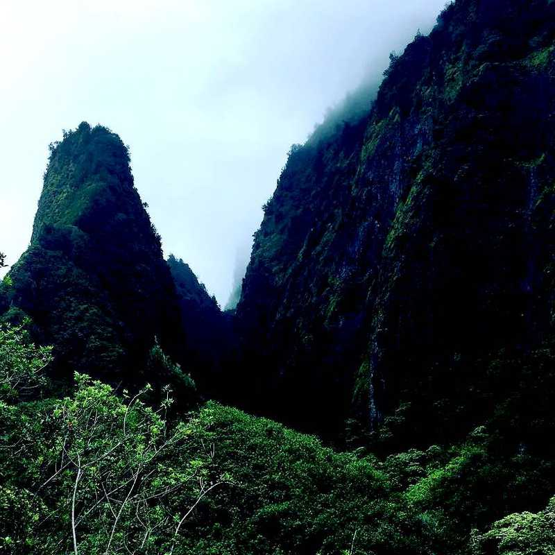 ʻĪao Valley State Monument