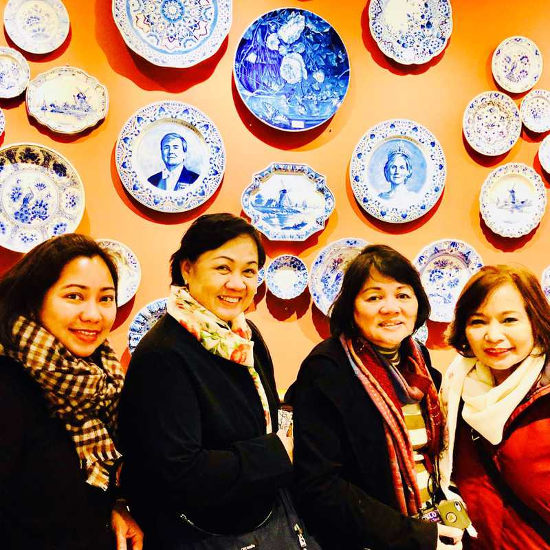 Visit to a Delft Blue pottery factory