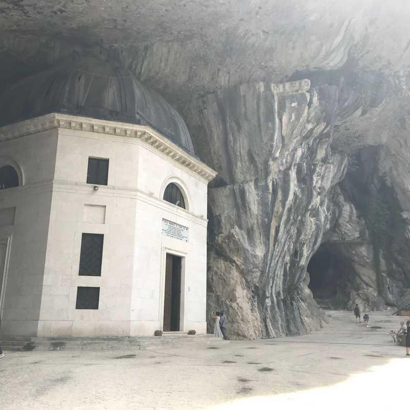 Tempietto di Valadier