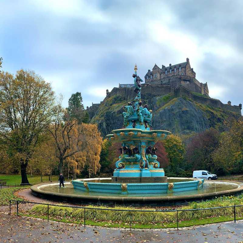 Trip Blog Post by @Ilaria_: Edinburgh 🇬🇧 | 3 days in Nov (itinerary, map & gallery)