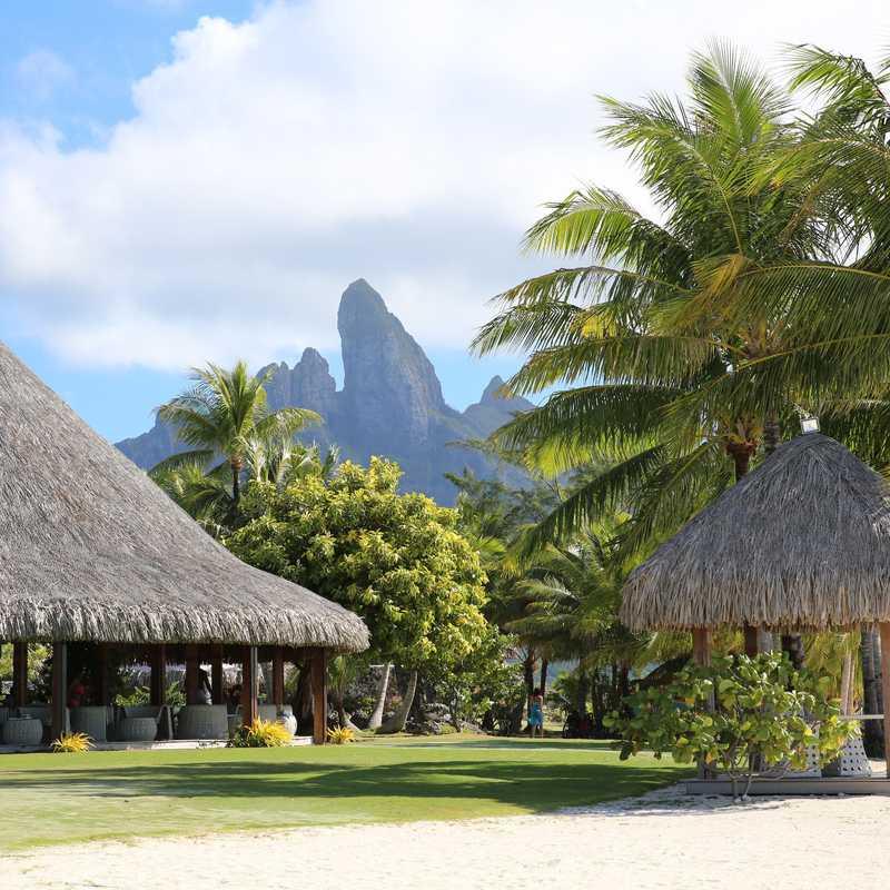 Moorea and Bora Bora | 6 days trip itinerary, map & gallery