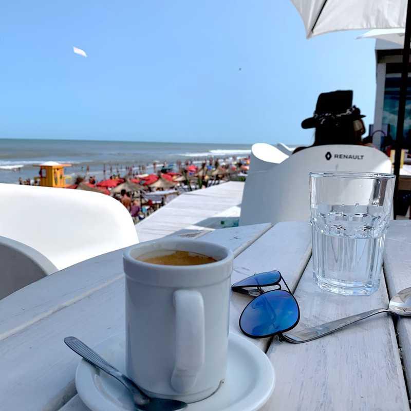 UFO POINT Beach Bar & Restaurant