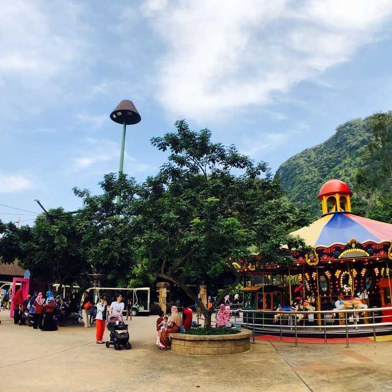 Lost World Of Tambun Theme Park