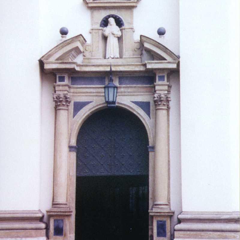 Iglesia de San Bernardino de Siena (Kościół Bernardynów)