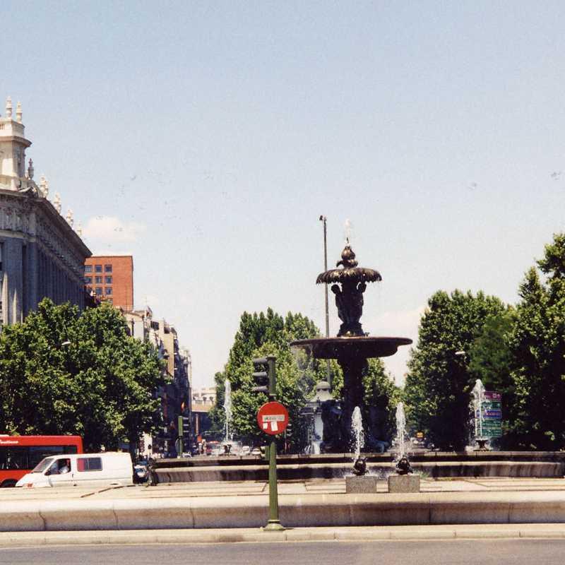 Replica of the Fountain of the Artichoke, Madrid