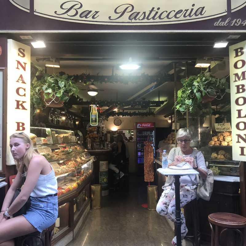 Cucciolo Bar Pasticceria