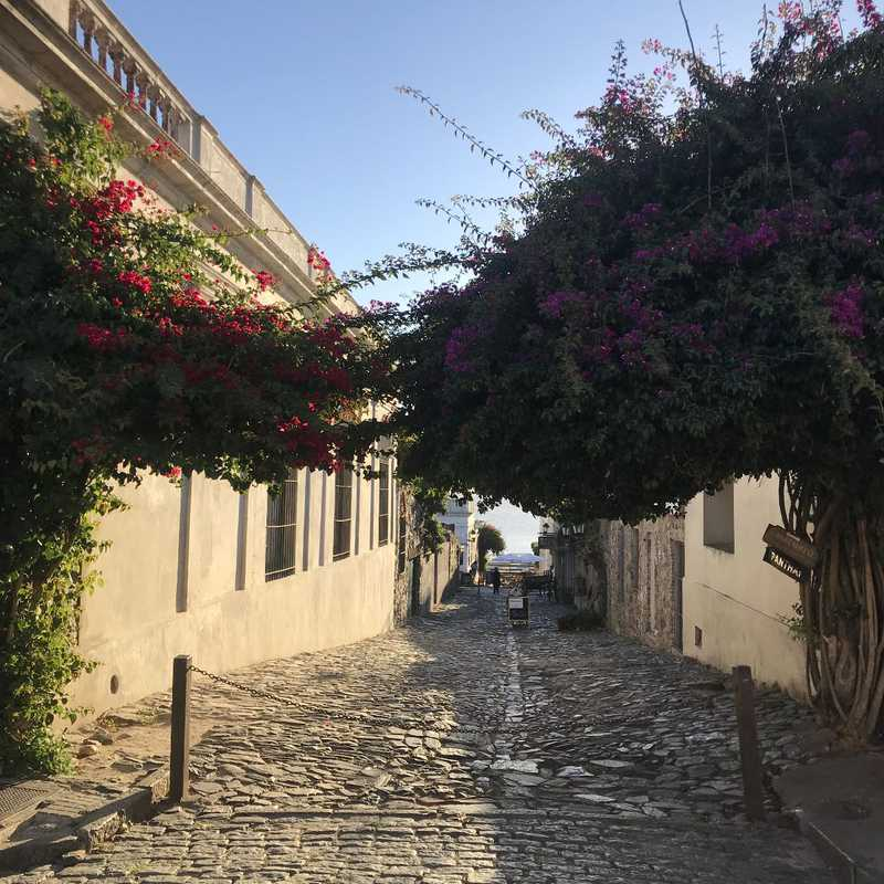 1 day in Colonia Del Sacramento 2019 | 1 day trip itinerary, map & gallery