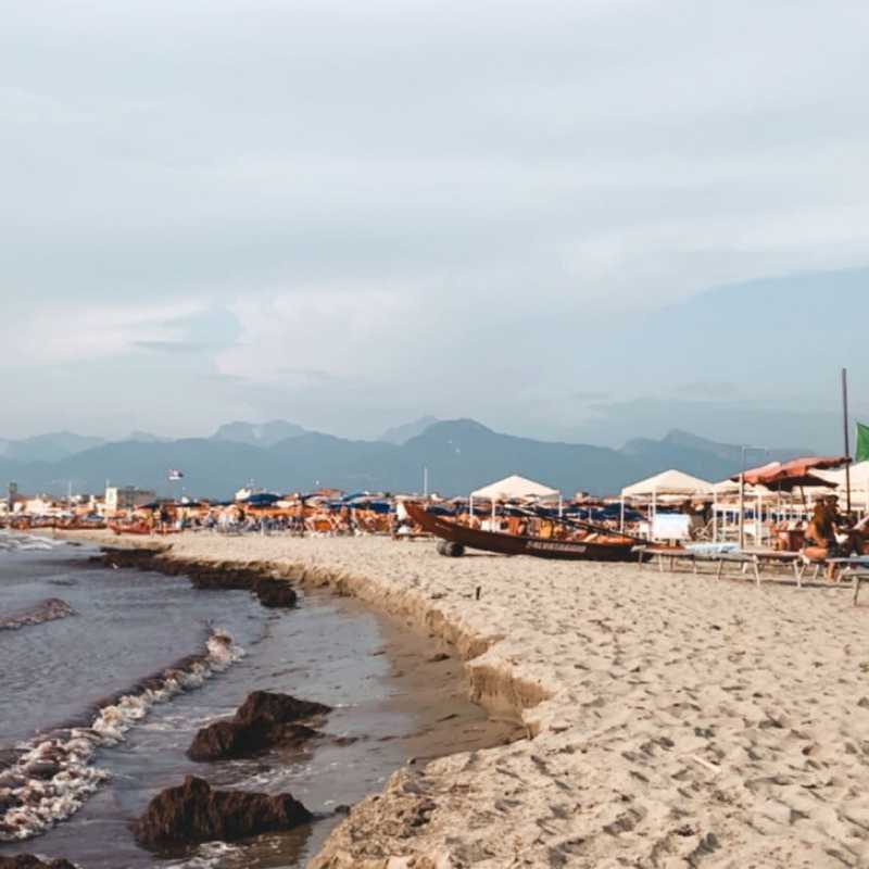 Trip Blog Post by @rose5: Viareggio | 1 day in Aug (itinerary, map & gallery)