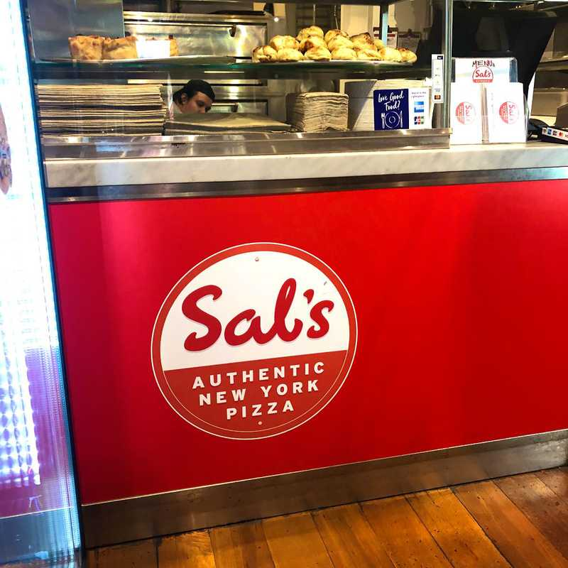 Sal's Authentic NY Pizza - Queen St