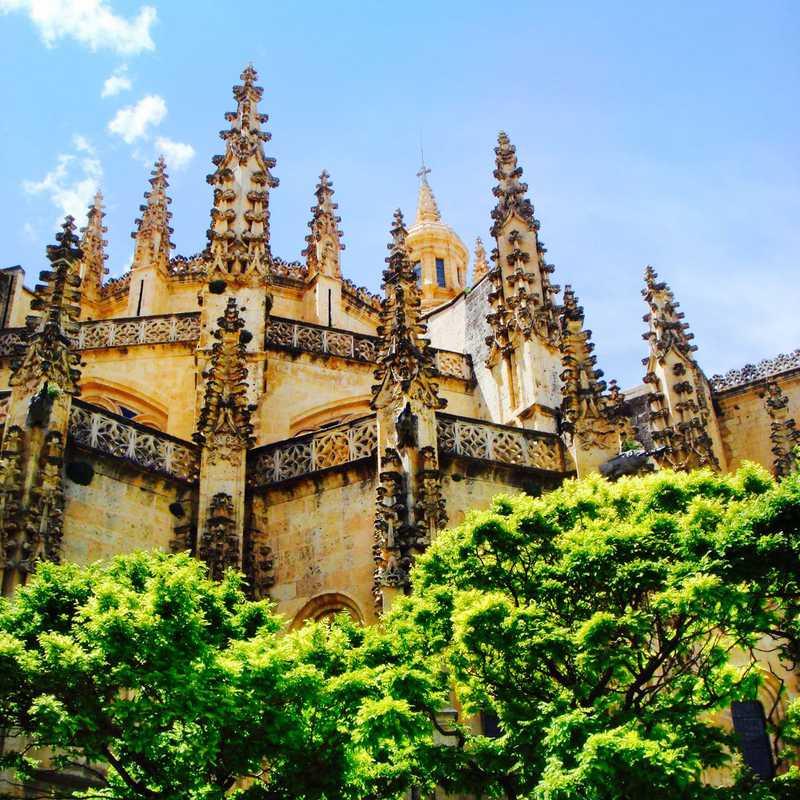 Segovia & Avila Trip | 2 days trip itinerary, map & gallery