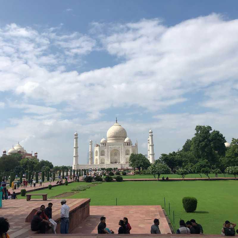 Taj Mahal Garden