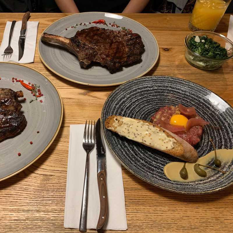 Moo Moo Steak & Wine