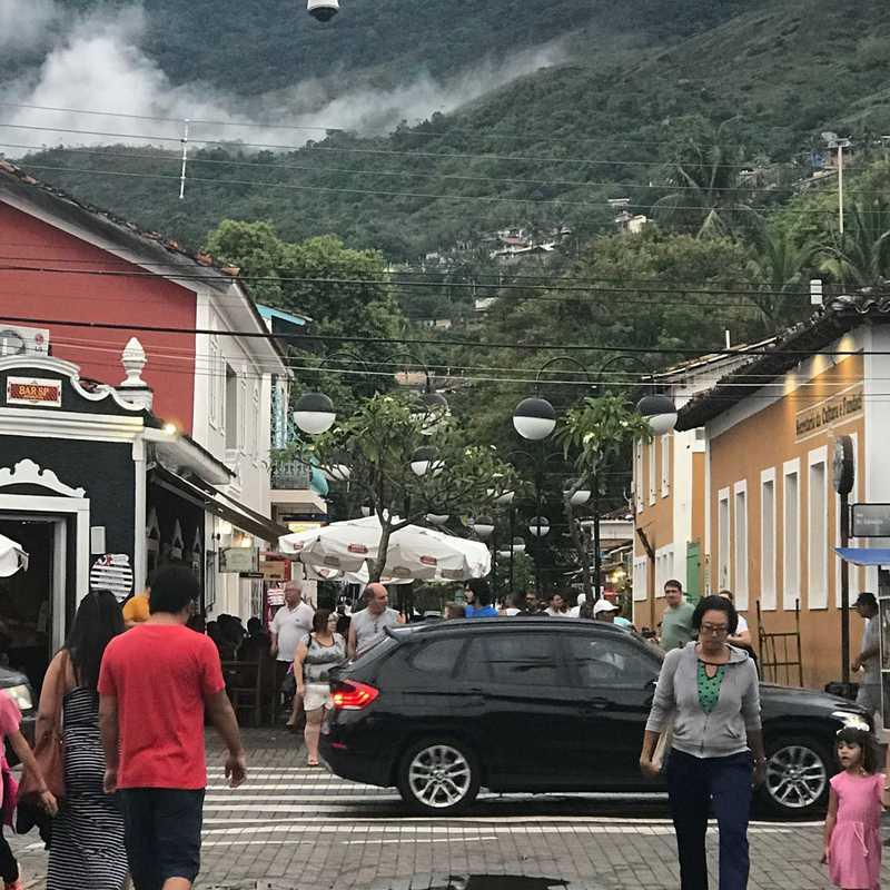 Pier - Centro Comercial