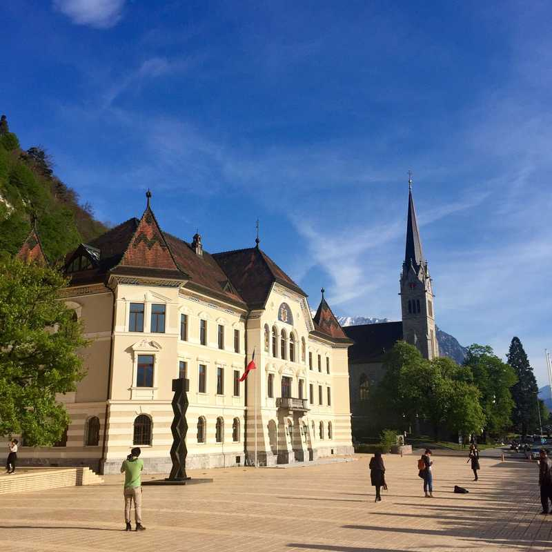 Trip Blog Post by @Charleseric: Vaduz 2017 | 1 day in Apr (itinerary, map & gallery)