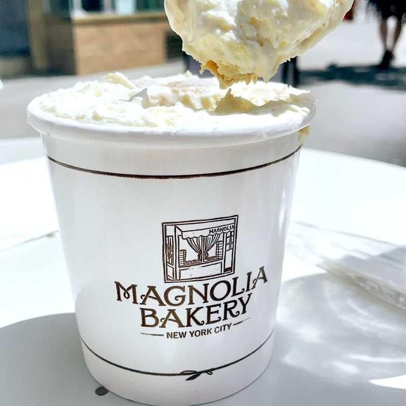 Magnolia Bakery - Central Park South