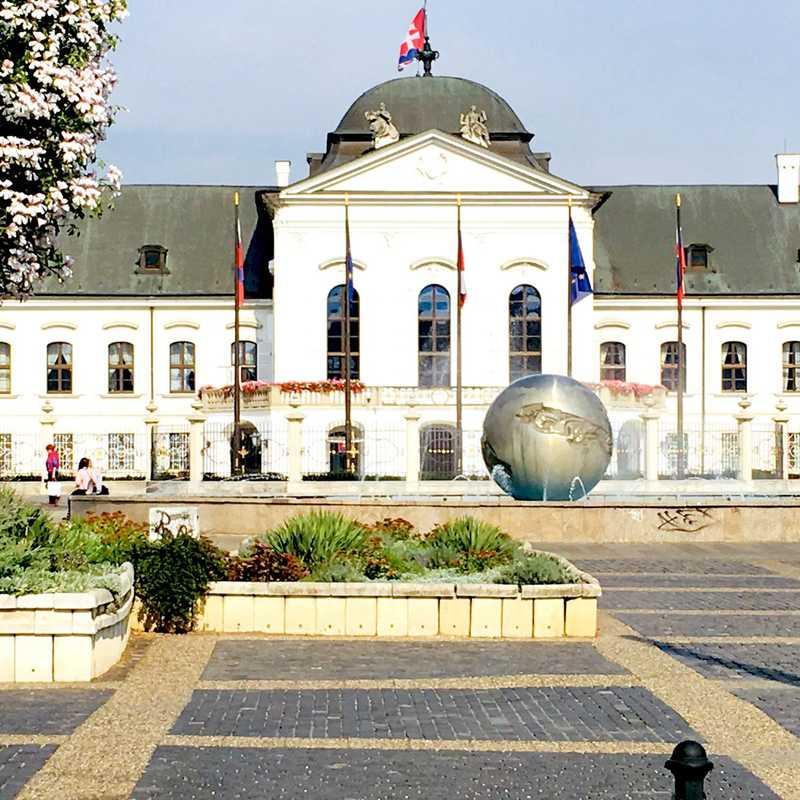 Austria & Slovakia 2018 | 2 days trip itinerary, map & gallery