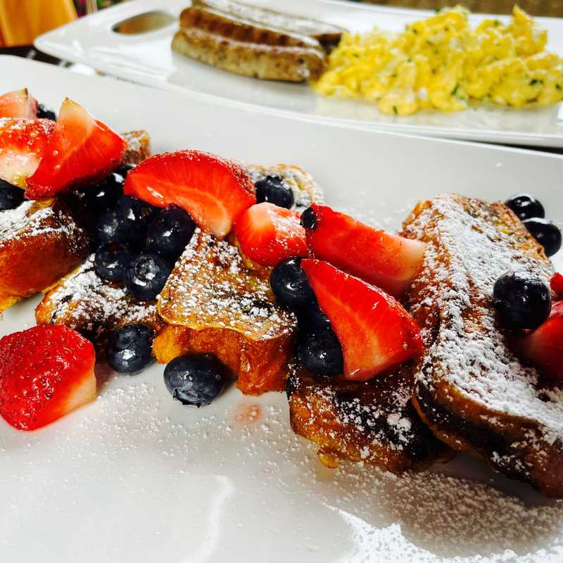 Farewell  Breakfast @ Airbnb
