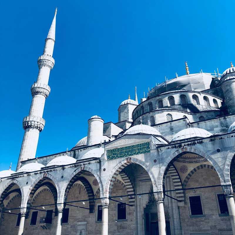 Place / Tourist Attraction: Blue Mosque (Fatih, Turkey)