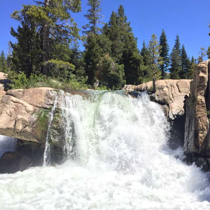 Trip Blog Post by @KittyTreks: Sierra Nevada, Calif 🇺🇸 | 3 days in Jul (itinerary, map & gallery)