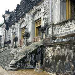 Royal Tomb of Khai Dinh King - Real Photos by Real Travelers