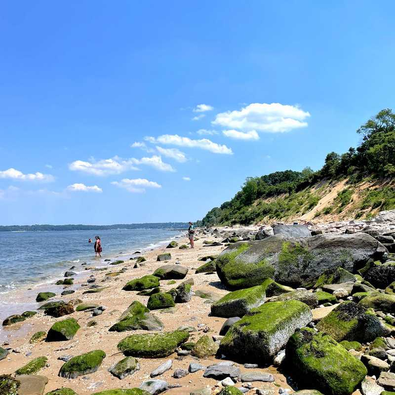 Trip Blog Post by @mamamia: NYC Weekend Excursions - Van Saun County Park & San Point Reserve | 2 days in Jun (itinerary, map & gallery)