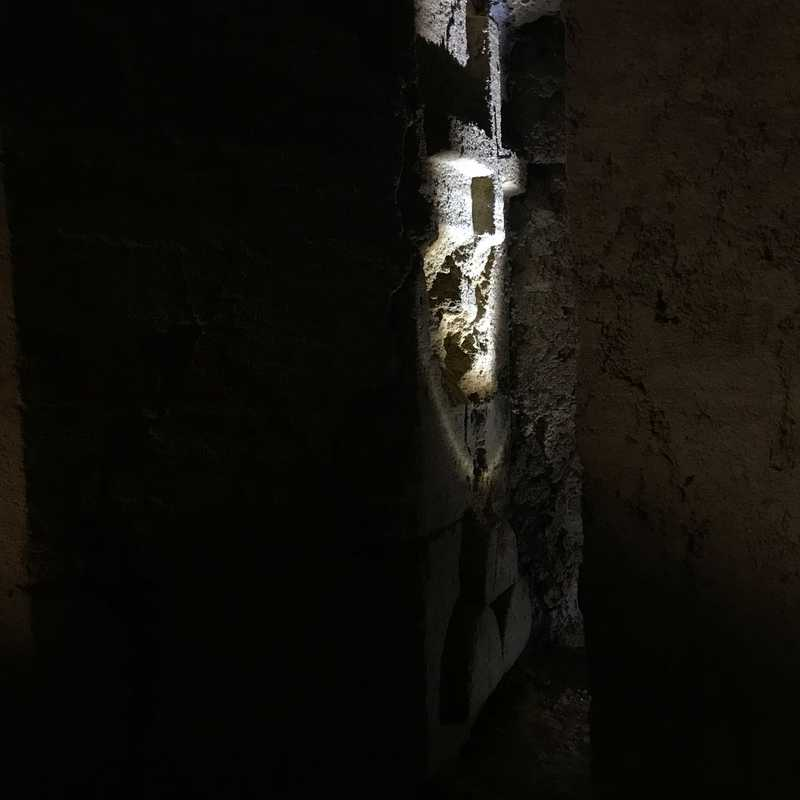 Grotte nel sottosuolo di Camerano