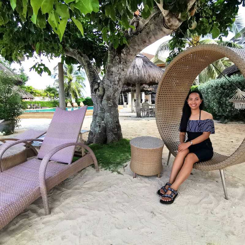 Linaw Beach Resort & Pearl Restaurant