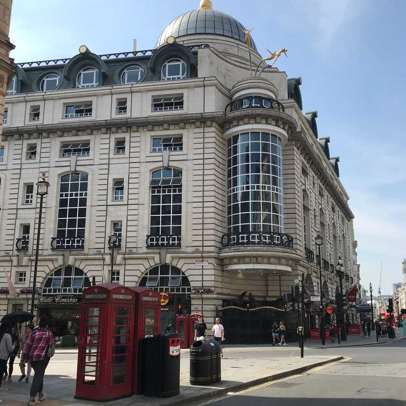 Piccadilly Circus Station