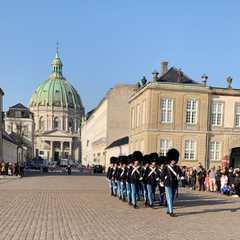 Amalienborg Palace   Travel Photos, Ratings & Other Practical Information